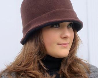 Reversible Polartec Fleece Bucket Hat in Brown/Black