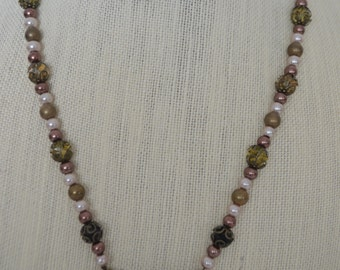 Butterfly beauty! Necklace and earring set!