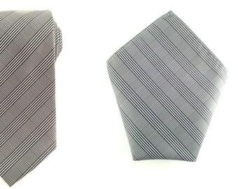 Mens Necktie Black White Grey Plaids 8.5 cm Necktie with Pocket Square. Silver Wedding Necktie. Neck tie Pocket Square. Groomsmen Neckties.