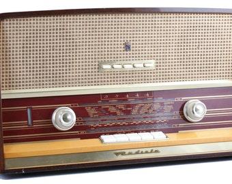 """Bluetooth stereo """"Radiola"""" vintage radio (50W Classe AB)"""