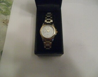 Vintage Montres Carlo Stainless Steel 2-Tone Ladies Watch Never Used