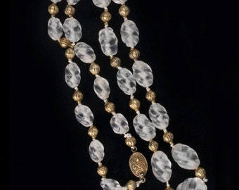 Carved quartz crystal beads and 18k gold vermeil bead necklace. (nlbd1137)