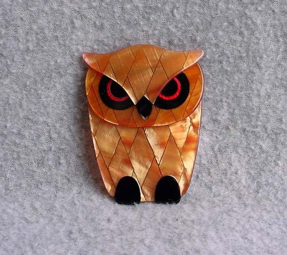 "Lea Stein Owl Pin Bubba Brooch Signed Paris France 2 5/8 "" By 2"" Wide Bittersweet Diamond Design Celluloid Vintage Costume Jewelry"