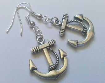 Nautical but Nice Anchor Earrings , Sailing Earrings , Sailing Jewelry , Beach Earrings , Holiday Jewelry , Pirate Earrings