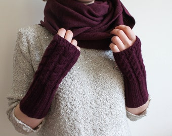 maroon fingerless gloves / burgndy cable arm warmers / knitted fingerless mittens / cabled fingerless gloves / open knit wrist warmers /