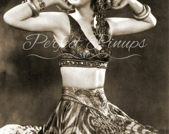 Beautiful Vilma Banky 1920s Starlet Vintage Photo Pin Up Pinup Flapper Photograph Home Decor Wall Art Photography Vintage Hollywood 5x7