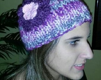 woman's colorful,knit or crochet hats with many colors and patterns to choose from.woman's