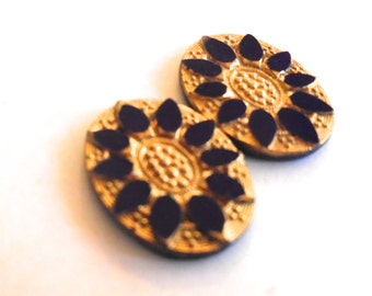 vintage cabochon (2)  glass cameo 25x18 West Germany gold plated navy blue lapis  intaglio etched flatback (2)