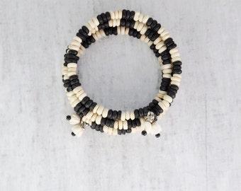 SALE! Vintage Bone Wraparound Bracelet - black and white beaded memory wire bangle - tribal style jewelry