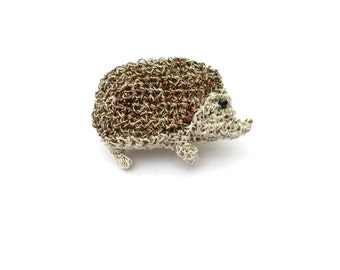 Animal jewelry, gold hedgehog brooch - animal lover gift, crochet wire jewelry, wildlife nature brooch, hedgehog gift, hedgehog fashion