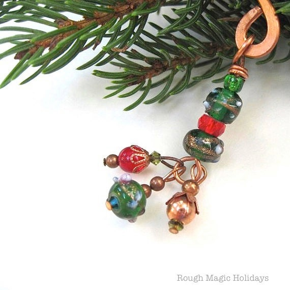Christmas Bookmark Stocking Stuffer Gift for Bookworm Beaded Bookmark Metal Bookmark Holiday Colors Green Red Copper Beads, Beaded Bookmark