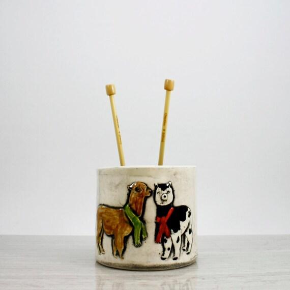 Alpaca Yarn Bowl | animal yarn bowl | ceramic bowl for storage organizing yarn knitting or crochet | dutch blue interior | in stock