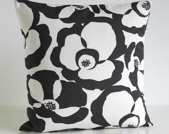 Decorative Throw Pillow, Accent Pillow, Cushion Cover, 18 Inch Sofa Pillow, 18x18 Pillow Cover, Pillow Sham, Pillow Case - Poppies Black