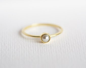 Gold Pearl Ring, Pearl Engagement Ring, Tiny pearl Ring, 18k Solid Gold