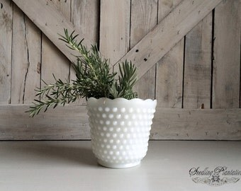 Vintage White Milk Glass Hobnail Vase, Planter, Milkglass, Whiteware, White Dishes, Centerpeice,Antique French Country Shabby Chic Farmhouse