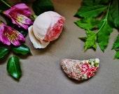 Rose Cream Textile Brooch. Rose Fiber Brooch. Mixed Media Half Moon Brooch. Wool Yarn Art. Fabric and Yarn with Seed Bead Embroidery.