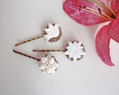 White dove shell flower hair pins