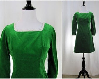 Vintage Dress | 1960s | Green Velvet Mini Dress | Extra Small