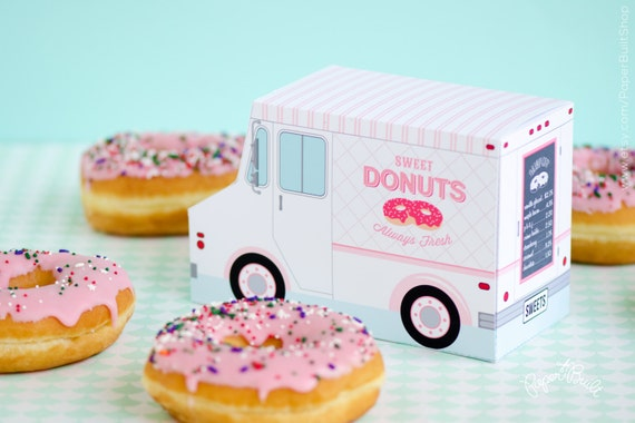 Donut food truck party favor - how cute is this!