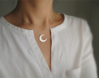 Crescent Moon Necklace, Sterling Silver Moon Necklace, Silver Crescent Pendant, Minimalist, Everyday Wear, Silver Layering Necklace