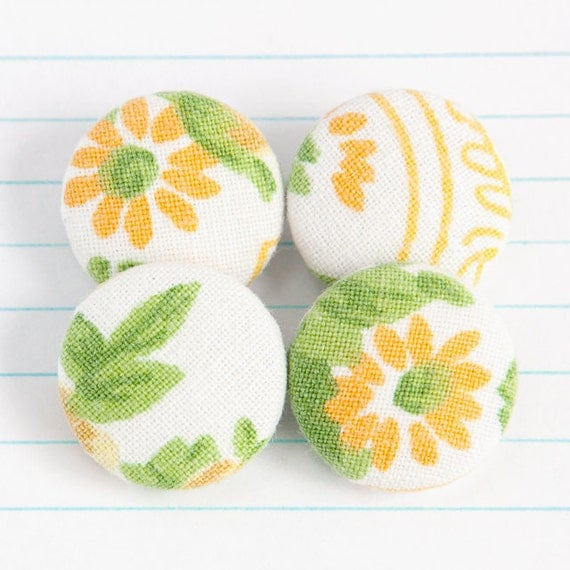ON SALE 50% Off - Vintage Fabric Covered Metal Shank Buttons - He Loves Me Daisy Mix 'n Match - Sunny Yellow / Green / White (19mm) x 4