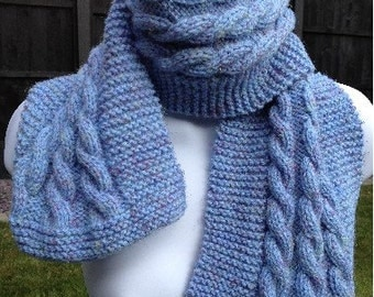 Cable knit scarf, long, pale, hand knitted
