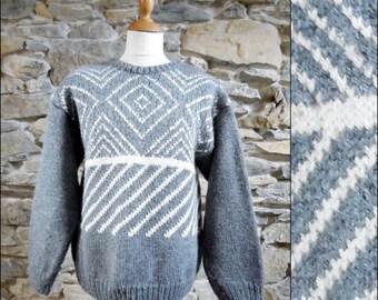Mans handknitted grey white jumper sweater warm winter wool sweater jumper top size medium