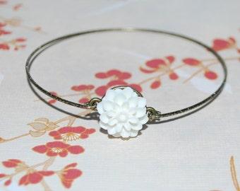 Bronze white dahlia bracelet