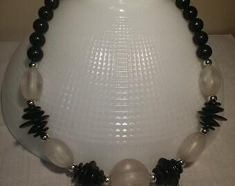 Necklace black bead chunky