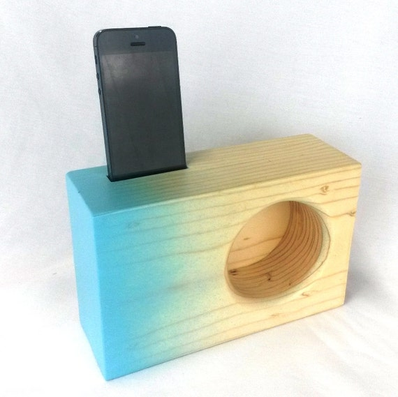 Case Design create you own phone case : Acoustic iPhone Amplifier - iPhone Speaker