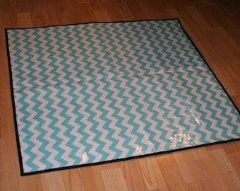 Non Slip Laminated Cotton Blue Chevron Print High Chair Messy Mat