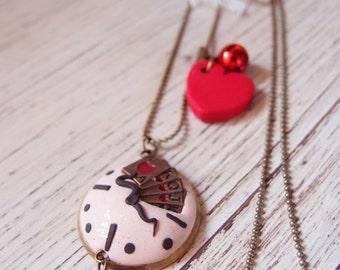 Alice in Wonderland necklace, rabbit necklace, Alice jewels in Wonderland, necklace medallion Rabbit