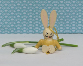Vintage Easter bunny ornaments yellow white pastel