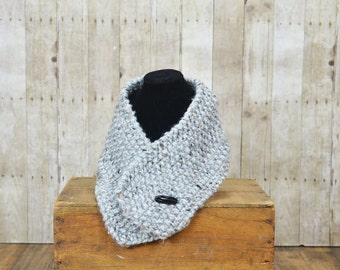 One Button Scarf in Gray Marble