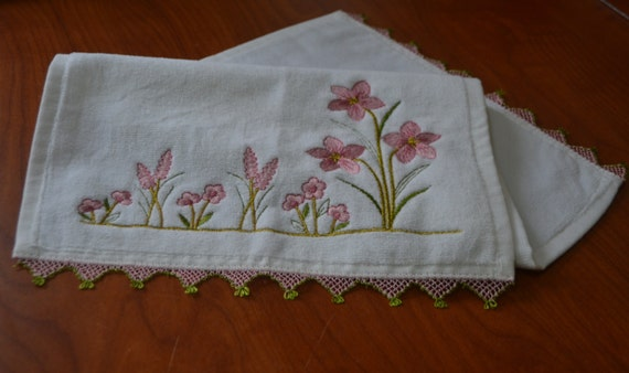 Https Www Etsy Com Listing 221994524 Cotton White Kitchen Towel With Handmade