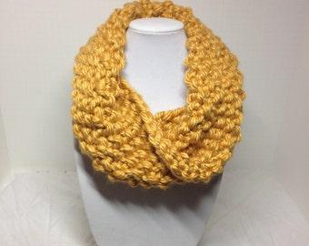 Chunky Infinity Cowl, Golden Yellow