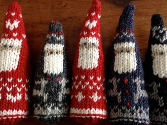 Scandinavian Santa Christmas Ornament Knitting Pattern 2