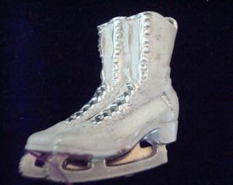 Vintage skate pin