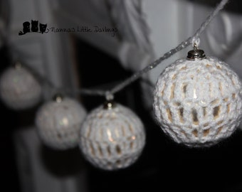 MADE TO ORDER Option, Crochet Christmas Bauble Garland hanging decorations