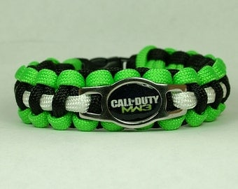 Call of Duty MW3  Survival Paracord Bracelet
