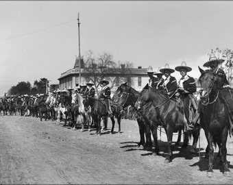 24x36 Poster; Mexican Caballeros Lined Up For La Fiesta De Los Angeles In, 1903 (1451) #031215