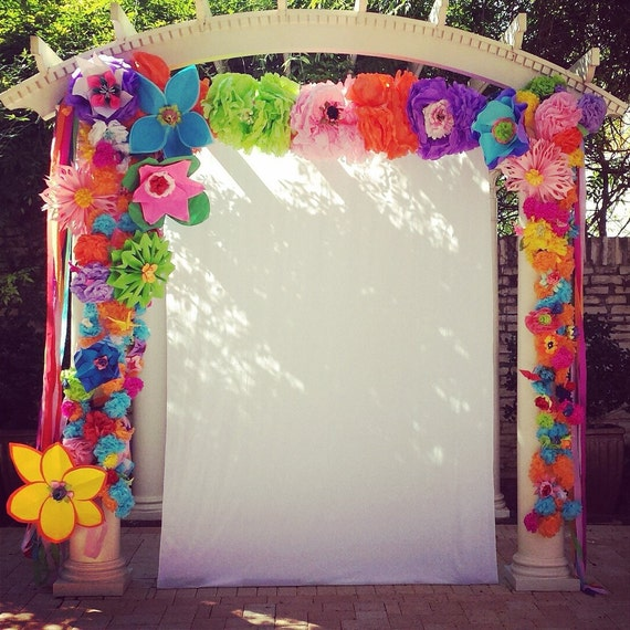 Diy Paper Flowers Wedding Arch: Hand-crafted Paper Flower Arch Great For Weddings Fiesta