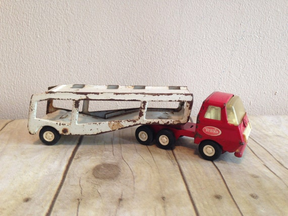 Camion tonka vintage et transporteur de voiture - Camion benne tonka ...