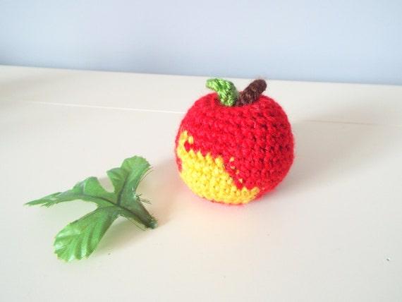 Home decor baskets fruit crochettoyscorner for Apple fruit decoration