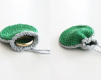 Crochet Drawstring Wedding Ring Holder, emerald green and silver crochet bag, little pendant, neckalce purse, totem saver, round purse, knit