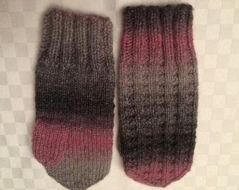 Hand Knit Mitten Womens Small to Medium