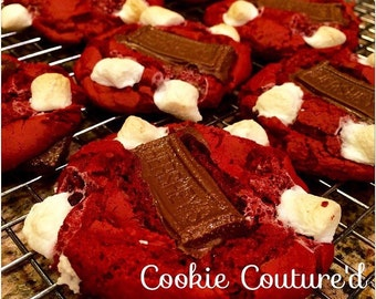 Red Velvet S'mores cookies