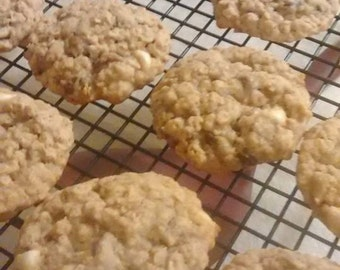 Oatmeal chocolate chip lactation cookies.  One week supply (14 cookies)
