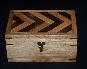 Chestunt Oak/Walnut Keepsake/Jewelry Box w/Herringbone Top.