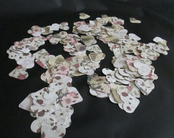 Vintage Flower Patterned heart shaped confetti